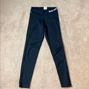 WOMENS NIKE PRO TIGHTS